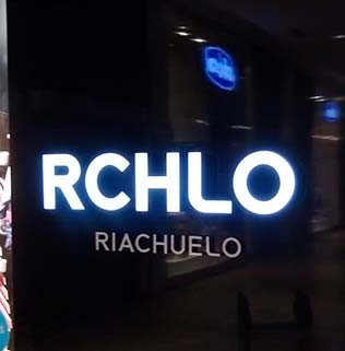 riachuelo-comunicação-visual